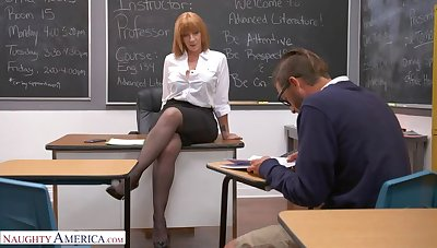 Prof. Sara Comedienne gives student her big ass!