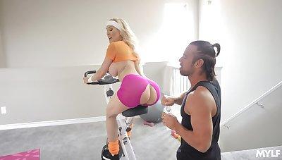 Deep fucking mature Brandi Love by way of will not hear of workout