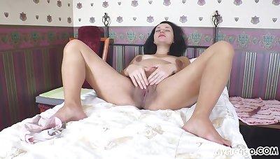 Nina Fucks Say no to Pussy With A Dildo At 39 Weeks!