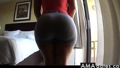 Thick juicy bubble butt un tight grey spandex