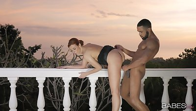 Outdoor fuck at eventide with a younger dark-skinned dude