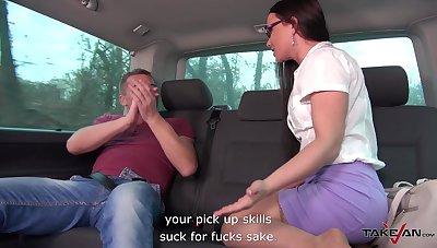 Quickie shacking up in the on every side of the taxi with anal loving Wendy