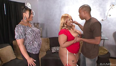 Insolent ebony with beamy ass, crazy home BBW anal with the daughter