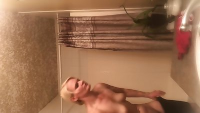 Tight Body Milf Snoop Cam On Step Mom Naked After Shower! More Coming I Hope!