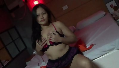 Mediocre Asian girl drops her panties down detest fucked on her knees